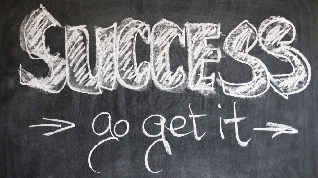 vai a prendere il successo con la resilienza.
