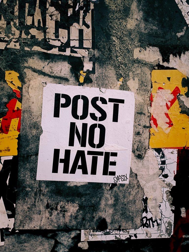 Manifesto contro l'hate speech